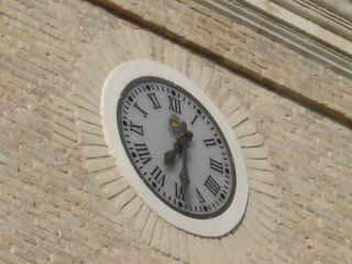 El reloj de la torre de la parroquia - AUTOR: PARROQUIA SAN JUAN BAUTISTA DE ARCHENA