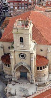 Vista aérea del campanario de la Catedral de Albacete. - AUTOR: M. E., J.