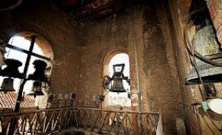 La Purísima. Las dos campanas de la espadaña funcionan mediante un mecanismo eléctrico. - Autor: PODIO, Manuel