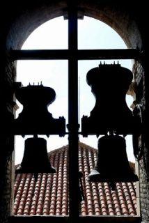Pareja. 'San Francisco de Sales' y 'San Juan Bautista', dos de las campanas de la Catedral. - Autor: PODIO, Manuel