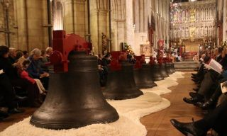 The bells of Southwark Cathedral being rededicated. 'Since the 14th century, these bells have rung out to call the faithful to prayer.' - Autor: The Diocese of Southwark